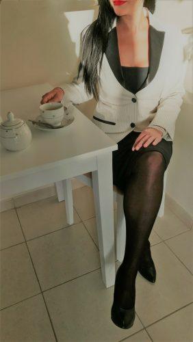Çekici beyaz tenli bayan Feyza