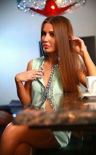 Şişili Olgun İranlı Bayan Maryam